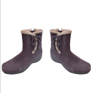 Brown Clarks Lace Booties